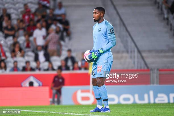 Mike Maignan of Lillle during the French Ligue 1 match between Lille and Rennes at Stade Pierre Mauroy on August 11 2018 in Lille France