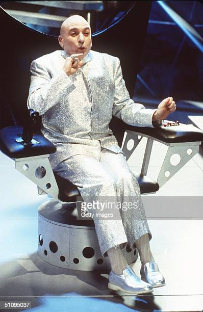 Mike Meyers Stars As Dr Evil In Austin Powers The Spy Who Shagged Me