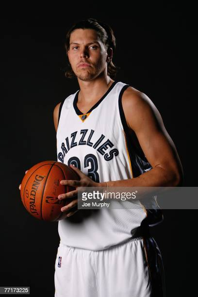 Mike Miller of the Memphis Grizzlies poses for a portrait during NBA Media Day at FedExForum on September 28, 2007 in Memphis, Tennessee. NOTE TO...