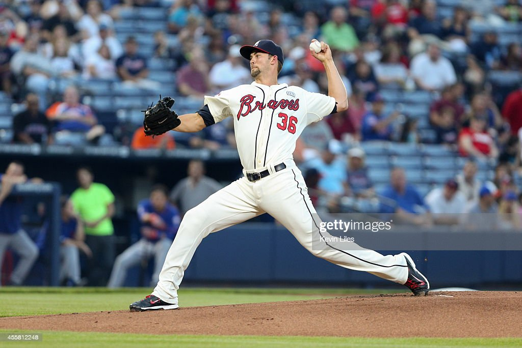 Mike Minor (36) of the Atlanta Braves against the New York Mets during the first inning at Turner Field on September 20, 2014 in Atlanta, Georgia.
