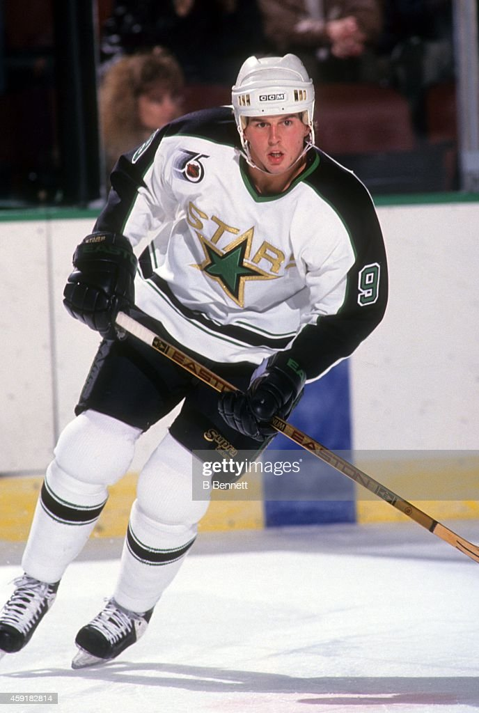 mike-modano-of-the-minnesota-north-stars