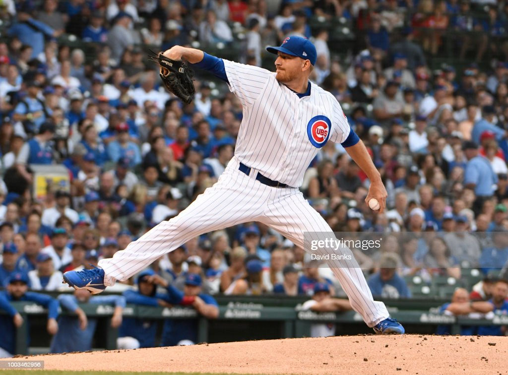 St Louis Cardinals v Chicago Cubs - Game Two : News Photo