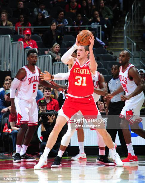 Mike Muscala of the Atlanta Hawks passes the ball against the Chicago Bulls on January 20 2018 at Philips Arena in Atlanta Georgia NOTE TO USER User...