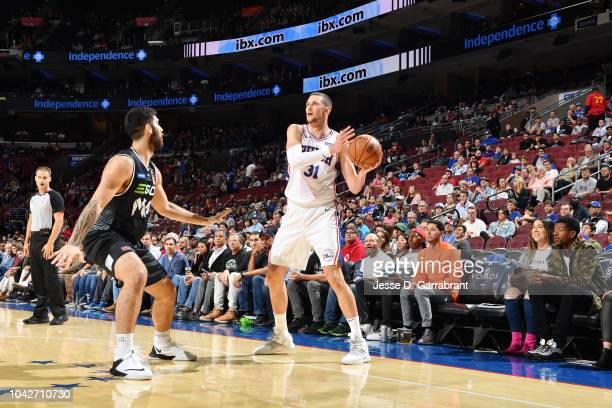 Mike Muscala of the Philadelphia 76ers passes the ball against the Melbourne United during a preseason game on September 28 2018 at Wells Fargo...