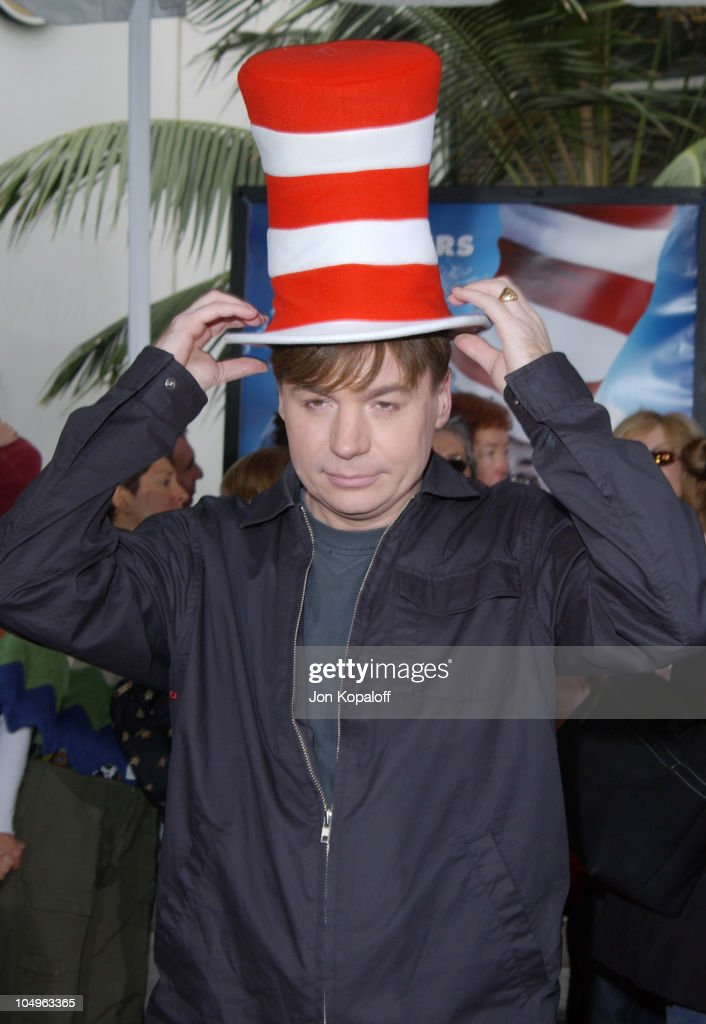 b4828446 Mike Myers during World Premiere of