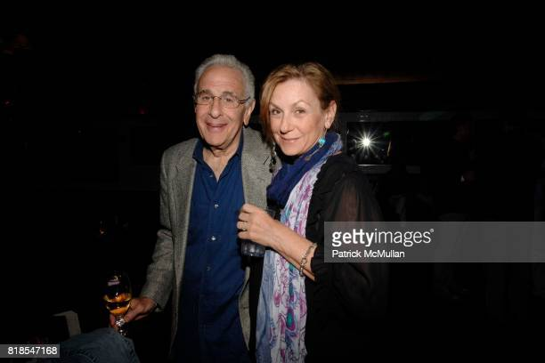 Mike Nadler and Wendy Nadler attend Katlean De Monchy and Dan Rattiner host Hamptons Social at Lily Pond on August 27 2010 in East Hampton NY