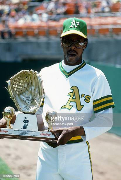 Mike Norris of the Oakland Athletics poses with his Rawlings Gold Glove Award before a Major League Baseball game circa 1981 at The OaklandAlameda...