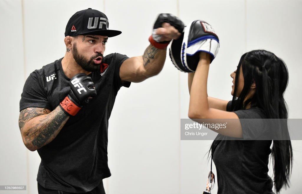UFC Fight Night: Poirier v Hooker : News Photo