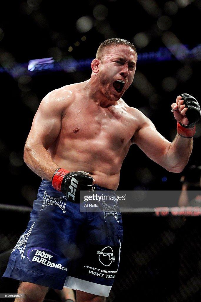 UFC 118: Edgar v Penn 2
