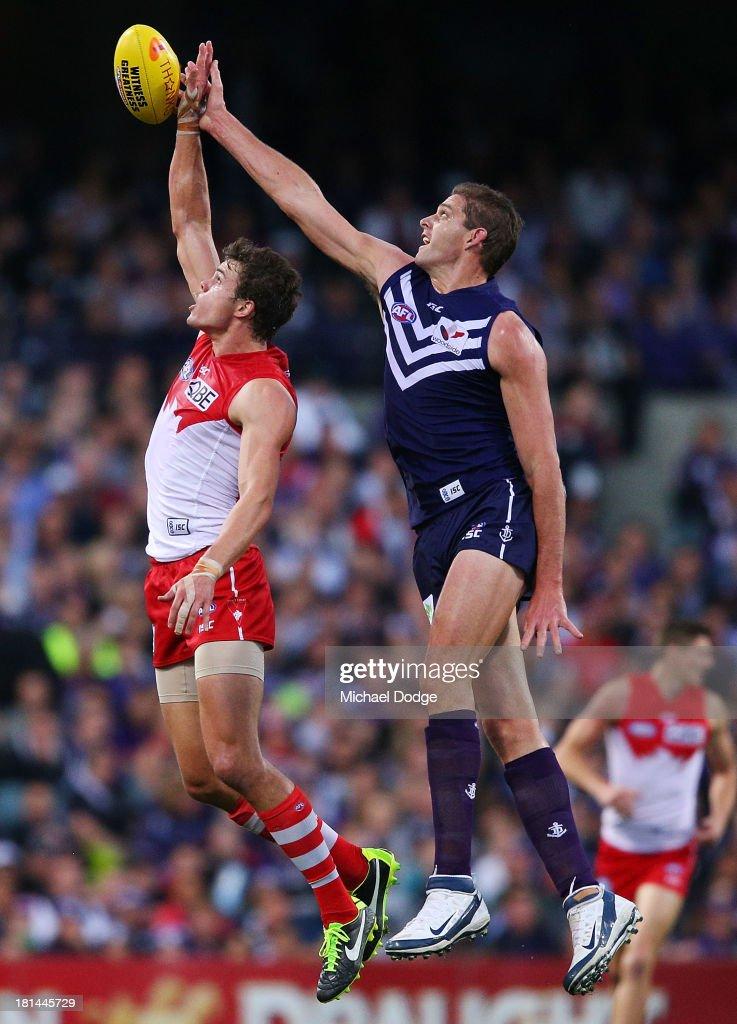 AFL 2nd Preliminary Final - Fremantle v Sydney