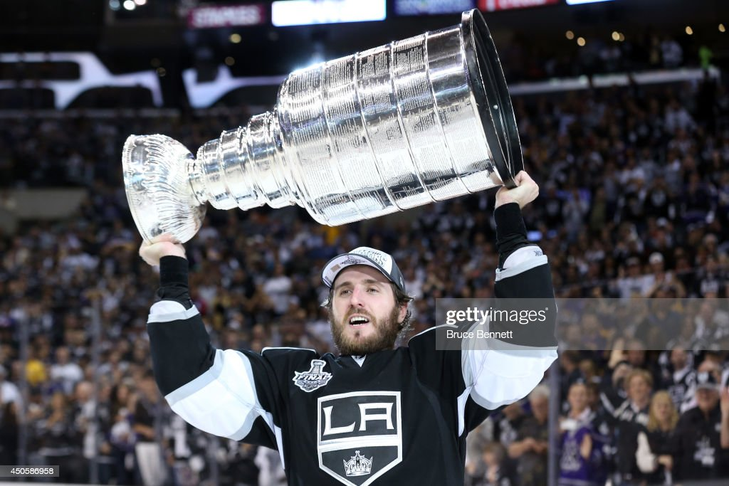 2014 NHL Stanley Cup Final - Game Five : News Photo