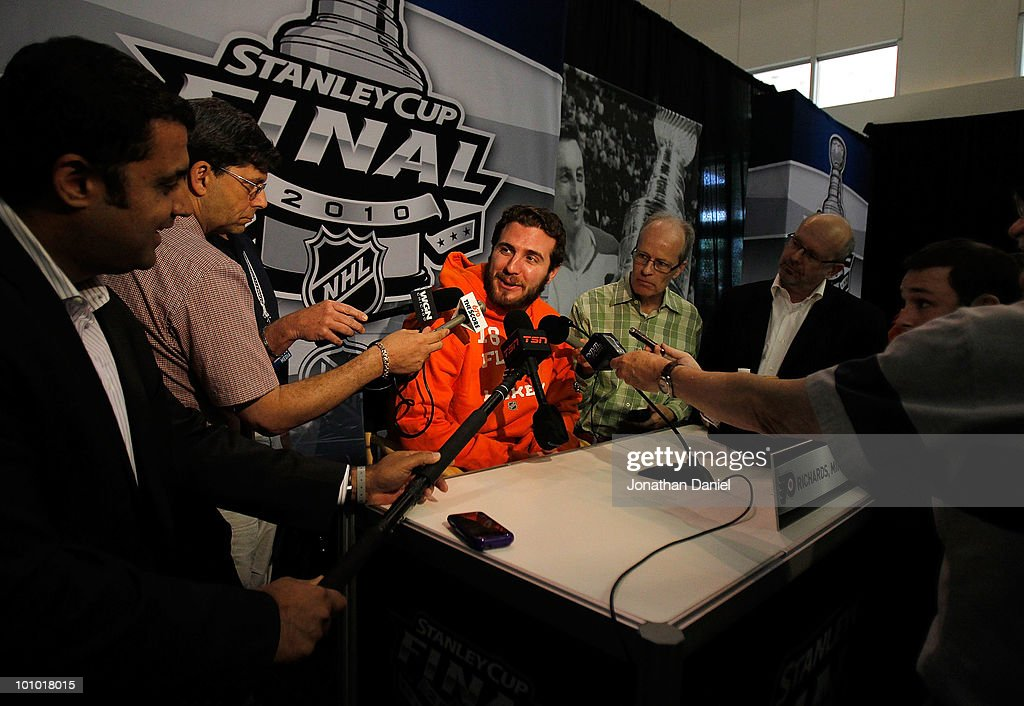 Mike Richards of the Philadelphia Flyers answers reporters questions during Stanley Cup media day at the United Center on May 27, 2010 in Chicago, Illinois.