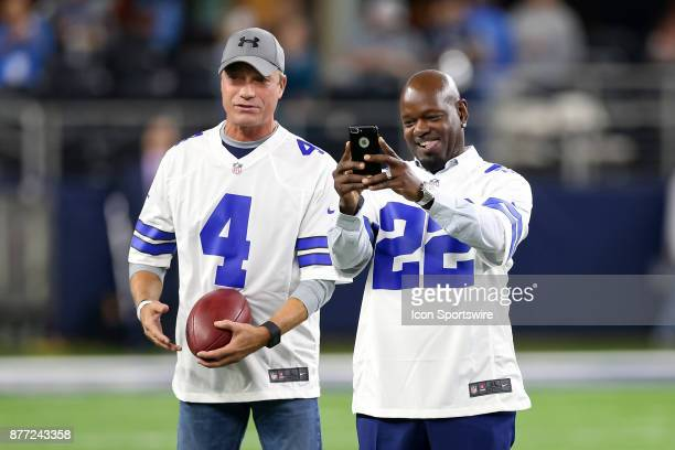 Mike Saxon Emmitt Smith and other members of the 1992 Dallas Cowboys super bowl team are honored prior to the game between the Philadelphia Eagles...