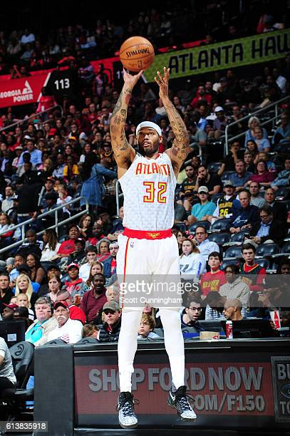 Mike Scott of the Atlanta Hawks shoots the ball during a preseason game against the Cleveland Cavaliers on October 10 2016 at Philips Arena in...
