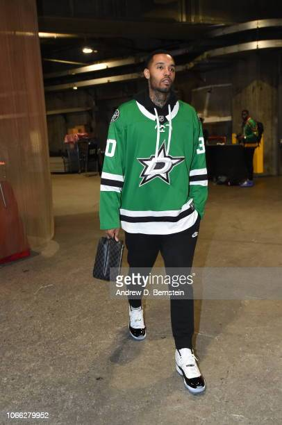 Mike Scott of the LA Clippers arrives prior to a game against the Phoenix Suns on November 28 2018 at STAPLES Center in Los Angeles California NOTE...