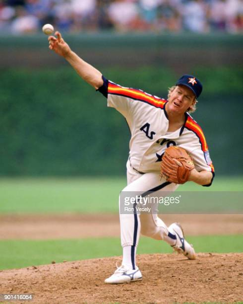 Mike Scott of the Houston Astros pitches during an MLB game against the Chicago Cubs at Wrigley Field in Chicago Illinois during the 1990 season