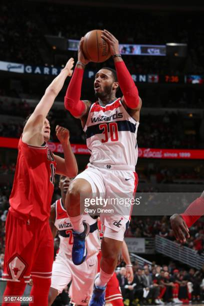 Mike Scott of the Washington Wizards goes to the basket against the Chicago Bulls on February 10 2018 at the United Center in Chicago Illinois NOTE...