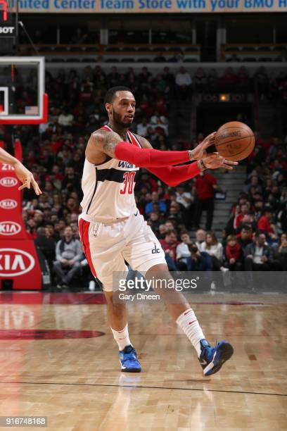 Mike Scott of the Washington Wizards passes the ball against the Chicago Bulls on February 10 2018 at the United Center in Chicago Illinois NOTE TO...