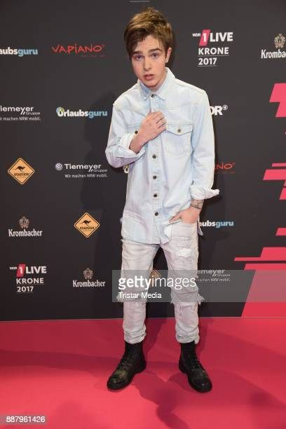 Mike Singer attends the 1Live Krone radio award at Jahrhunderthalle on December 7 2017 in Bochum Germany
