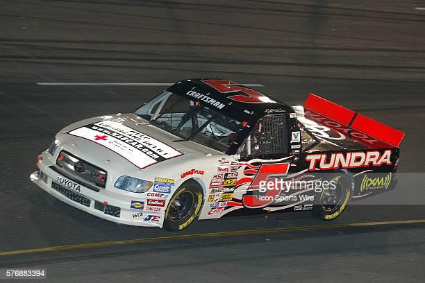 Mike Skinner on way to winning the Cheerios 200 NASCAR Craftsman Truck Series at Richmond International Raceway Sept 8 2005