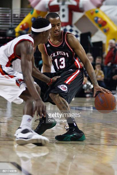 Mike Taylor of the Idaho Stampede defends Gabe Pruitt of the Utah Flash during the DLeague game at Qwest Arena March 8 2008 in Boise Idaho NOTE TO...