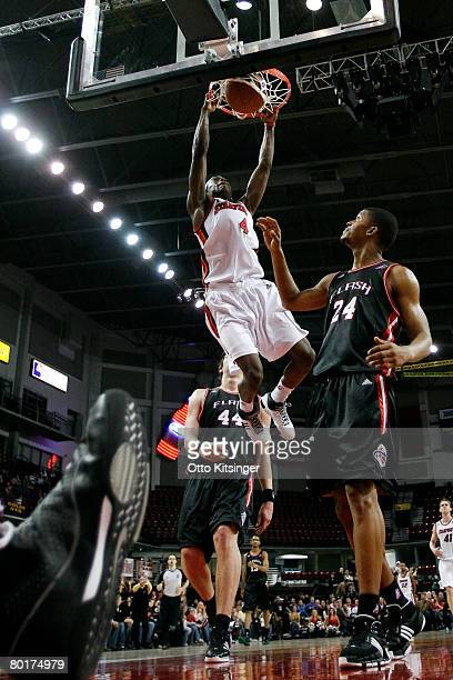 Mike Taylor of the Idaho Stampede dunks against the Utah Flash during the DLeague game at Qwest Arena March 8 2008 in Boise Idaho NOTE TO USER User...