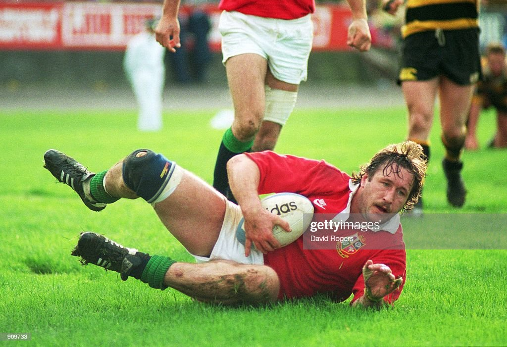 Mike Teague of the British Lions dives over to score a try during the Tour Match against Taranaki played in New Zealand. \ Mandatory Credit: Dave Rogers /Allsport