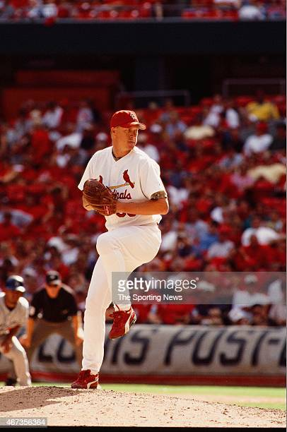 Mike Timlin of the St Louis Cardinals pitches against the Los Angeles Dodgers on September 9 2001