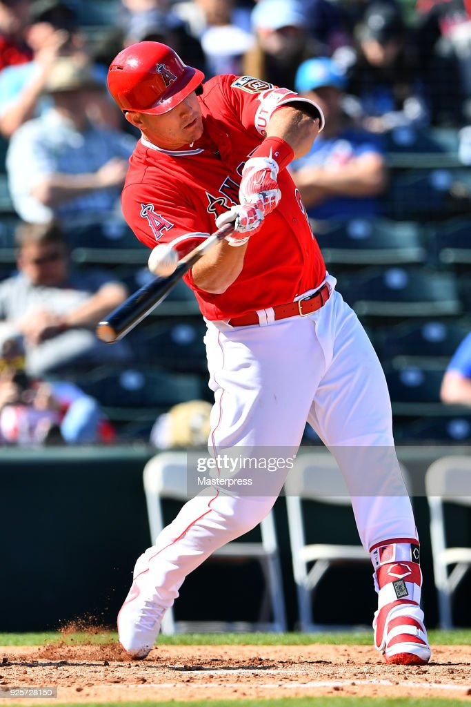 Mike Trout #27 of the Los Angeles Angels in action during the game between Cleveland Indians and Los Angeles Angels on February 28, 2018 in Tempe, Arizona.
