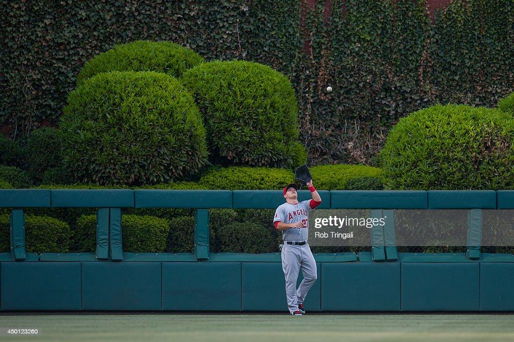 Los Angeles Angels v Philadelphia Phillies : News Photo