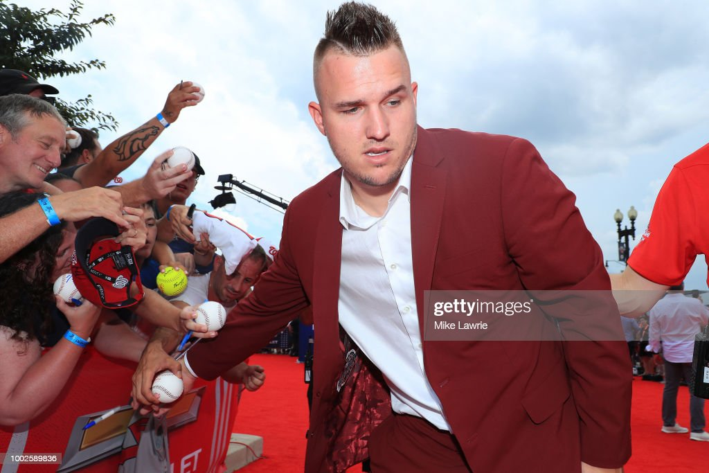 89th MLB All-Star Game, presented by MasterCard - Red Carpet : News Photo