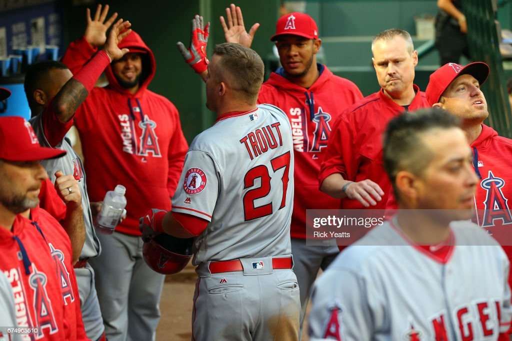 Los Angeles Angels of Anaheim v Texas Rangers : News Photo