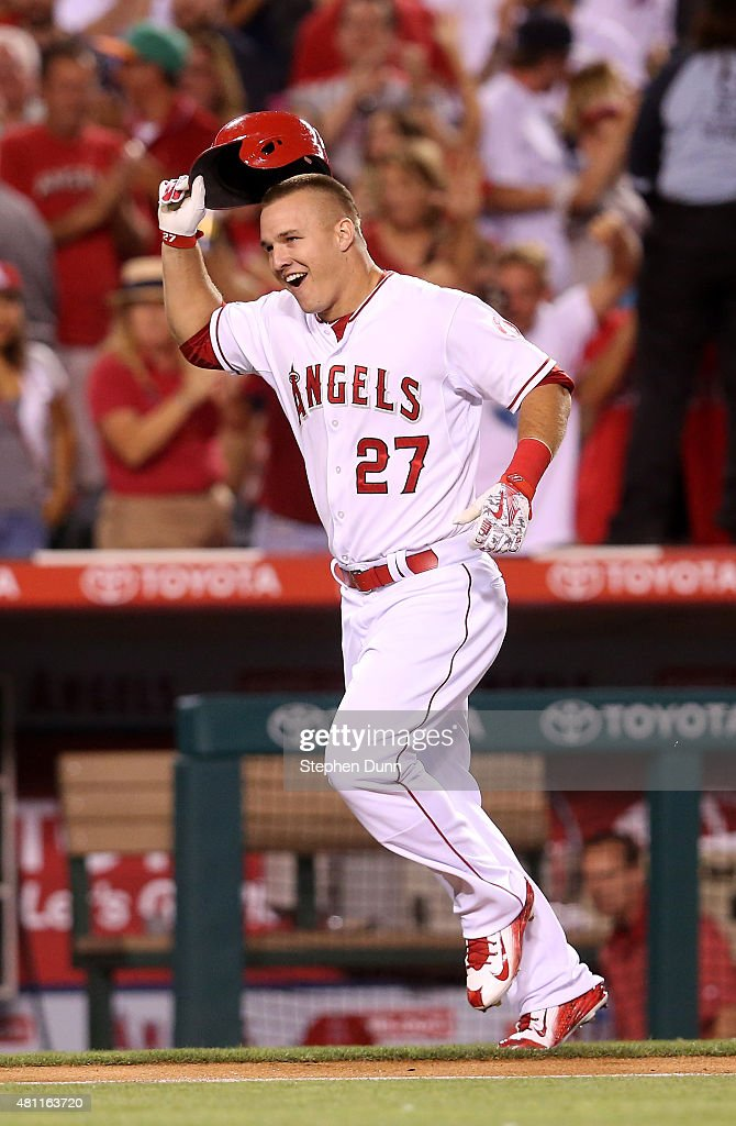 Boston Red Sox v Los Angeles Angels of Anaheim : News Photo