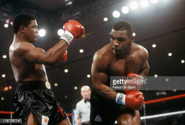 Mike Tyson and Trevor Berbick fights for the WBC Heavyweight title on November 22, 1986 at the Las Vegas Hilton in Las Vegas, Nevada. Tyson won the...