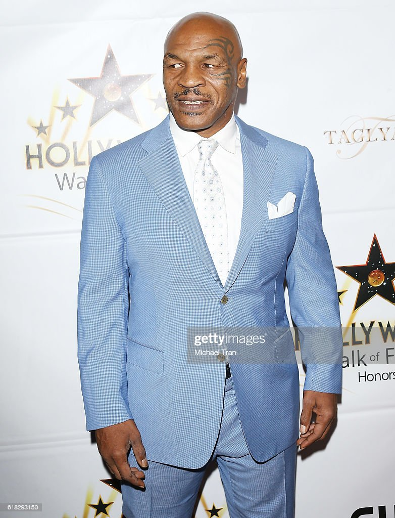 Hollywood Walk Of Fame Honors - Arrivals : News Photo