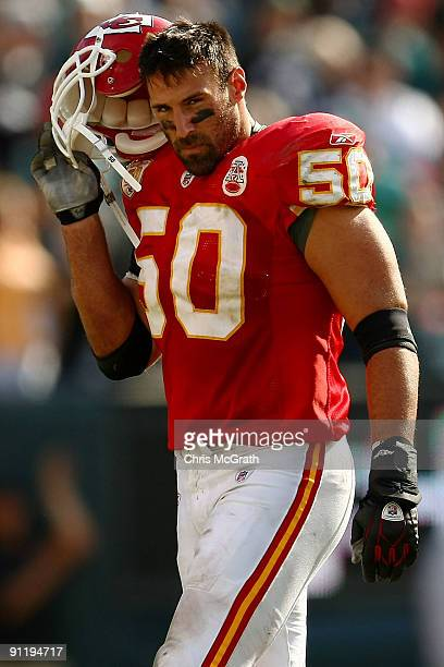 Mike Vrabel of the Kansas City Chiefs walks from the field after a touchdown by the Philadelphia Eagles on September 27 2009 at Lincoln Financial...