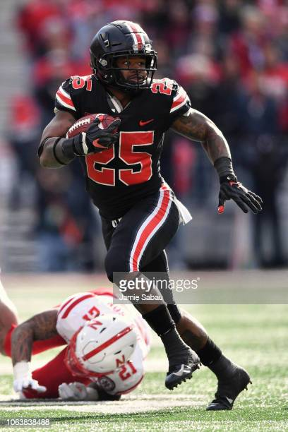 Mike Weber of the Ohio State Buckeyes runs with the ball against the Nebraska Cornhuskers at Ohio Stadium on November 3 2018 in Columbus Ohio