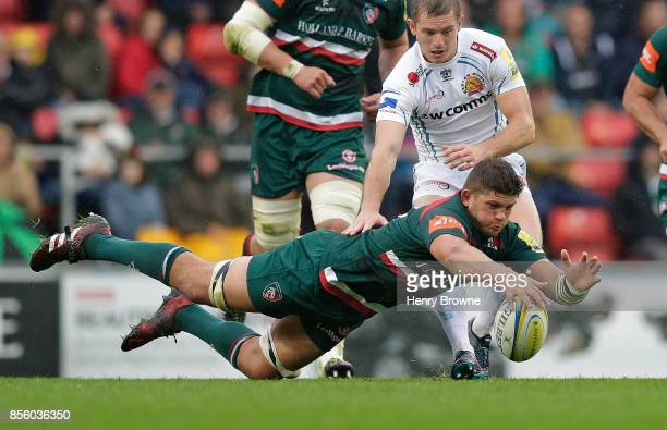 Mike Williams of Leicester Tigers and Gareth Steenson of Exeter Chiefs during the Aviva Premiership match between Leicester Tigers and Exeter Chiefs...