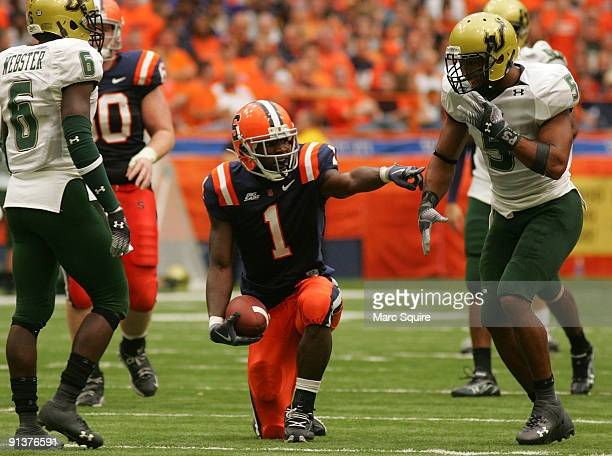 Mike Williams of the Syracuse Orange celebrates a first down during the game against the South Florida Bulls at the Carrier Dome on October 3, 2009...