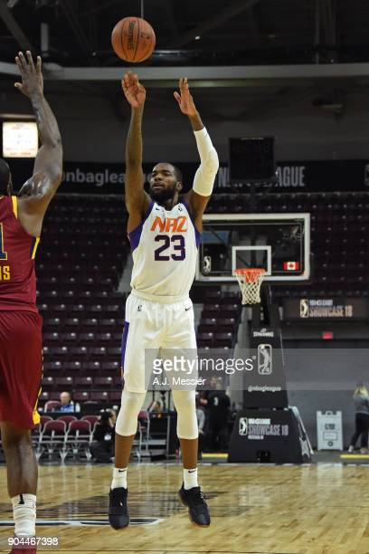 Mike Young of the Northern Arizona Suns shoots the ball against the Canton Charge during the NBA GLeague Showcase on January 12 2018 at the Hershey...