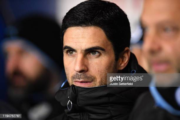 Mikel Arteta Assistant Manager of Manchester City looks during the Carabao Cup Quarter Final match between Oxford United and Manchester City at...