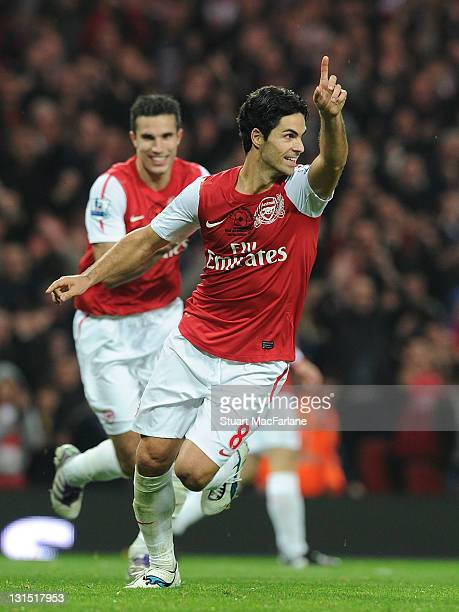 Mikel Arteta celebrates scoring the 3rd Arsenal goal during the Barclays Premier League match between Arsenal and West Bromwich Albion at Emirates...