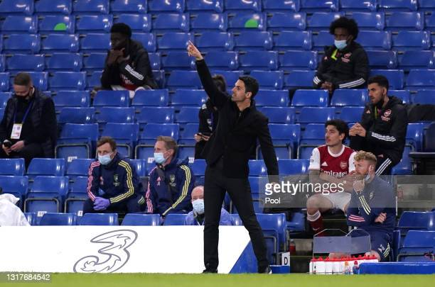 Mikel Arteta, Manager of Arsenal gives instructions to their side during the Premier League match between Chelsea and Arsenal at Stamford Bridge on...
