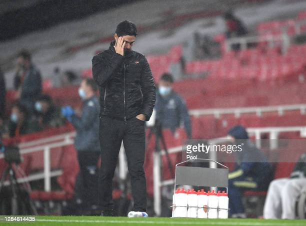 Mikel Arteta Manager of Arsenal looks dejected during the Premier League match between Arsenal and Aston Villa at Emirates Stadium on November 08...