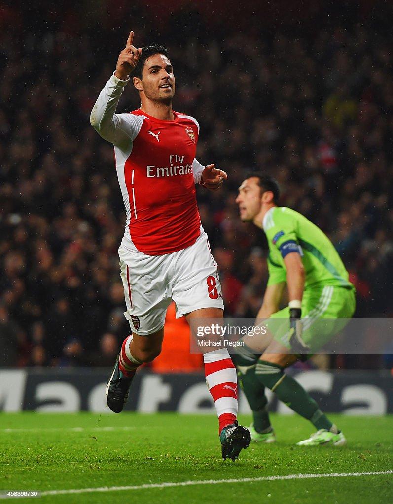 Arsenal FC v RSC Anderlecht - UEFA Champions League