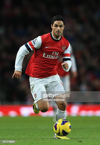 Mikel Arteta of Arsenal in action during the Barclays Premier League match between Arsenal and Swansea City at the Emirates Stadium on December 1...