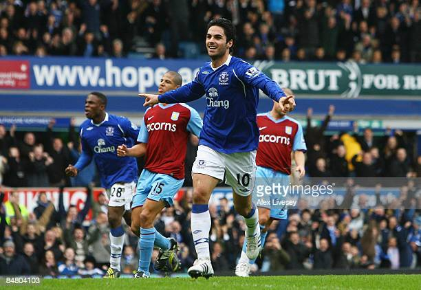 Mikel Arteta of Everton celebrates after scoring from the penalty spot during the FA Cup 5th Round match sponsored by eon between Everton and Aston...