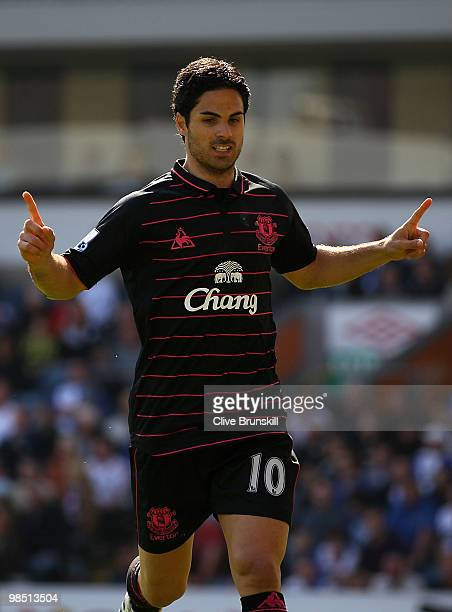 Mikel Arteta of Everton celebrates after scoring the first goal from the penalty spot during the Barclays Premier League match between Blackburn...