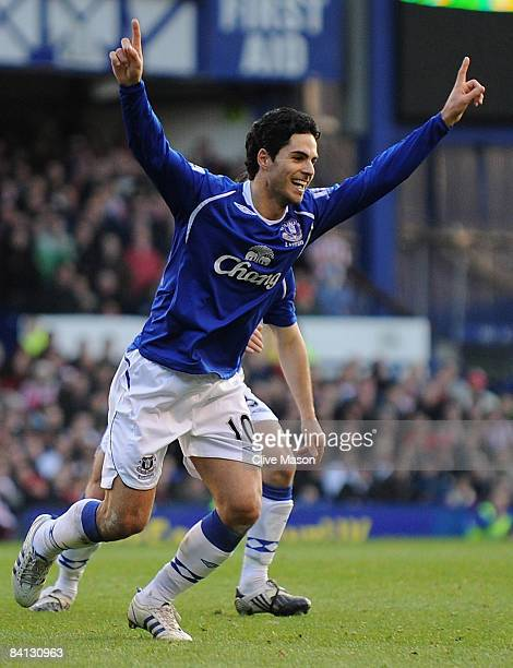 Mikel Arteta of Everton celebrates his second goal during the Barclays Premier League match between Everton and Sunderland at Goodison Park on...