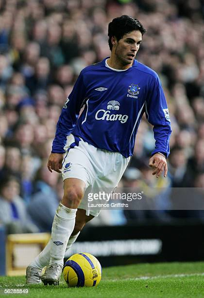 Mikel Arteta of Everton in action during the Barclays Premiership match between Everton and Newcastle United on November 27 2005 at Goodison Park in...